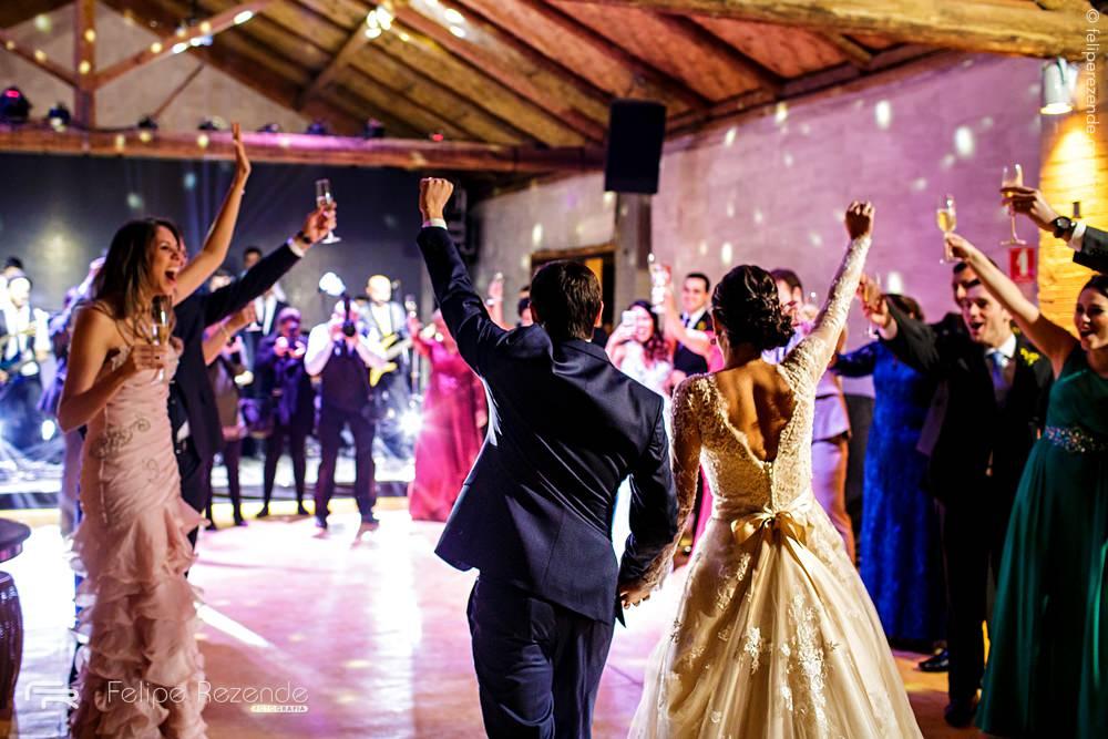 balada-haras-noivos